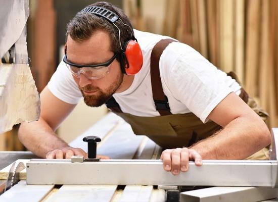 professionnel charpente