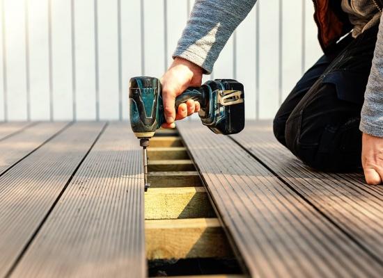 Prix pour une terrasse en bois composite