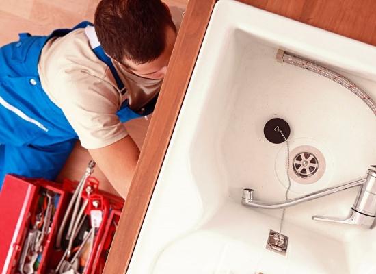 Comment trouver un plombier