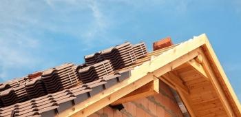 Rénovation de toiture : choisir les tuiles