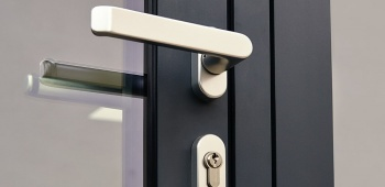 Prix d'une porte d'entrée en aluminium
